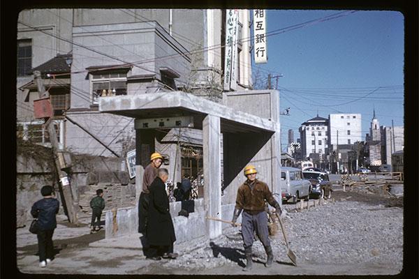 カラー写真で記録されていた60年前の日本が意外すぎる!秘蔵写真の一部 ...